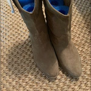 Mia pull on short suede boots